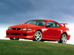 Ford Mustang SVT Cobra R 2000 specs data